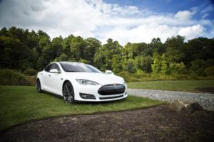 Tesla to deliver fully autonomous cars