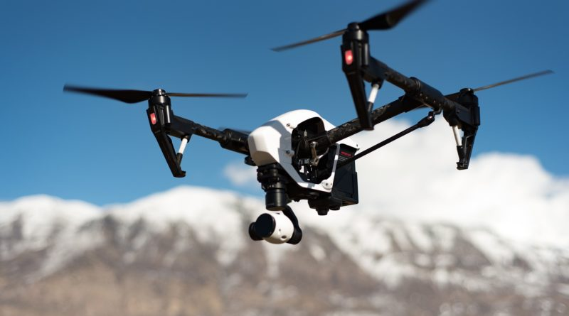 AI Piloted Drones Race Human Pilots